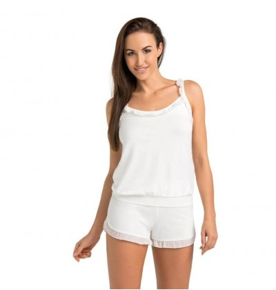 Set of Pajamas Shorts and Top ecru front Teyli